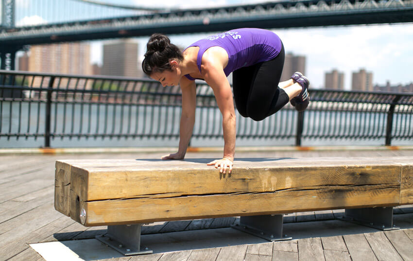 woman doing bench jumping